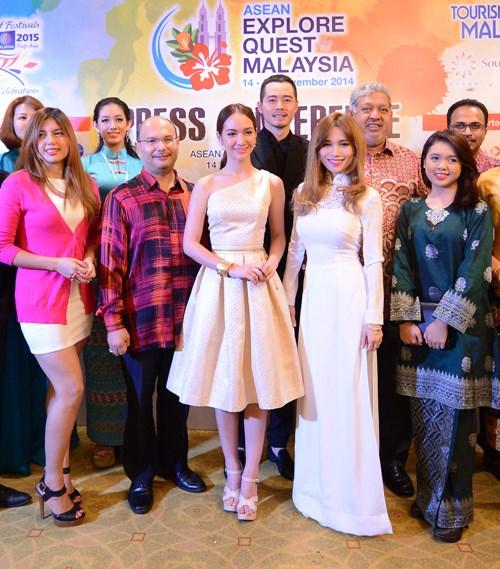 Sĩ Thanh du ngoạn Malaysia cùng 2 trai đẹp - 9