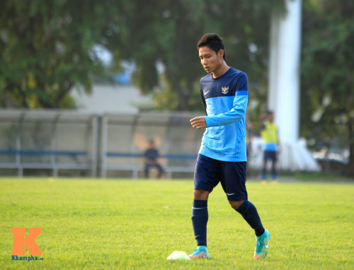 """Dàn cầu thủ nhập tịch Indonesia """"đe dọa"""" ĐTVN - 7"""