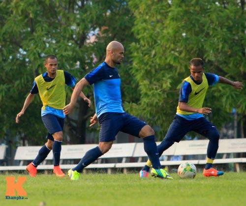 """Dàn cầu thủ nhập tịch Indonesia """"đe dọa"""" ĐTVN - 3"""