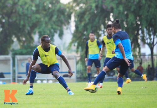 """Dàn cầu thủ nhập tịch Indonesia """"đe dọa"""" ĐTVN - 4"""