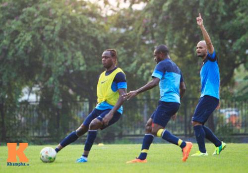 """Dàn cầu thủ nhập tịch Indonesia """"đe dọa"""" ĐTVN - 1"""