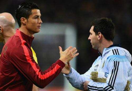"""Gạt Messi, Ro """"béo"""" ủng hộ CR7 giành Quả bóng vàng - 1"""