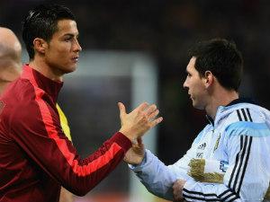 """Gạt Messi, Ro """"béo"""" ủng hộ CR7 giành Quả bóng vàng"""