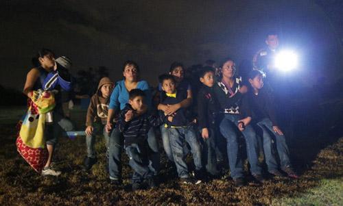 """Quy định nhập cư mới của Obama """"cứu"""" 5 triệu người Mỹ - 3"""