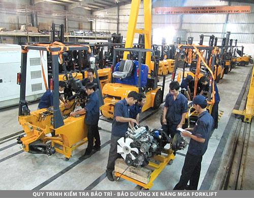 Xe nâng có nhà máy lắp ráp đầu tiên tại Việt Nam - 1