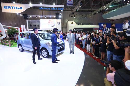 Việt Nam Suzuki giới thiệu mẫu xe Ertiga mới tại Motorshow 2014 - 2