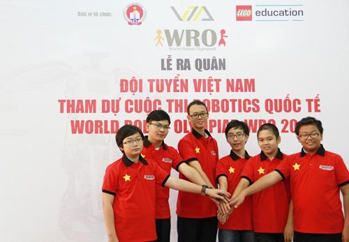 6 học sinh Việt tranh tài tại Olympic Robot Thế Giới - 1
