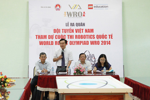 6 học sinh Việt tranh tài tại Olympic Robot Thế Giới - 2
