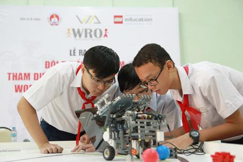 6 học sinh Việt tranh tài tại Olympic Robot Thế Giới - 4