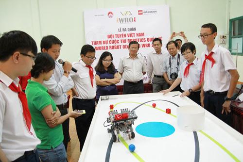 6 học sinh Việt tranh tài tại Olympic Robot Thế Giới - 7