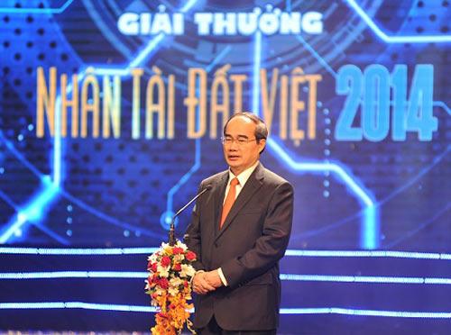 Lần đầu tiên Nhân tài Đất Việt có 3 quán quân - 1