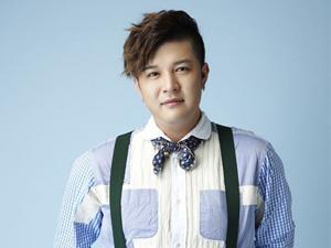 Shindong (Super Junior) lùi lịch nhập ngũ vì sức khỏe