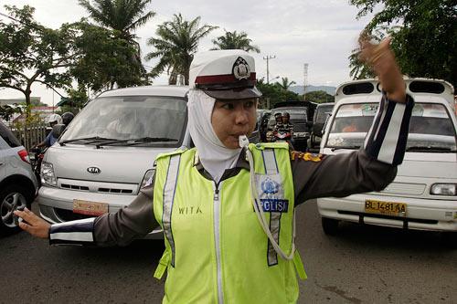 Vì sao nữ cảnh sát Indonesia phải kiểm tra trinh tiết? - 3