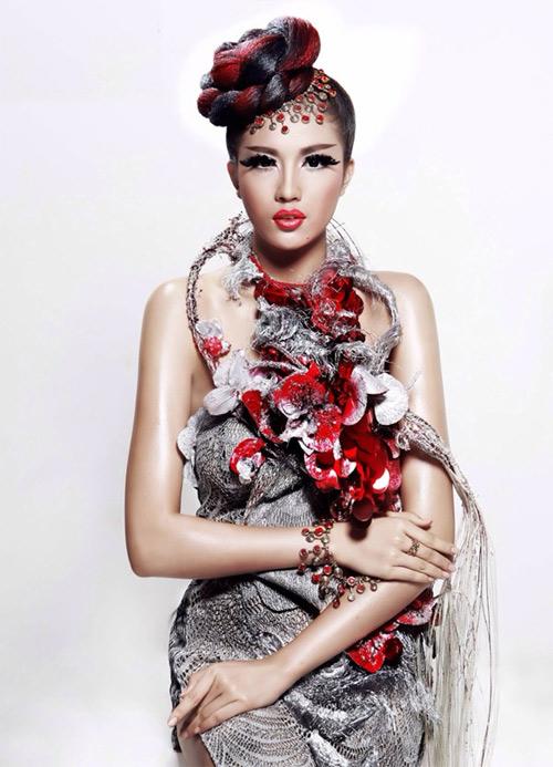 Lệ Hằng lên đường tham dự Elite Model Look quốc tế - 1