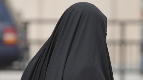 Cô gái được cứu khỏi tay IS có thể ngồi tù 30 năm - 1