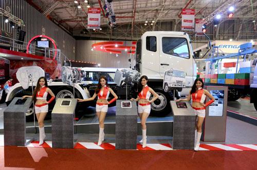 Việt Nam Motorshow 2014: Ấn tượng tân binh Fuso - 1