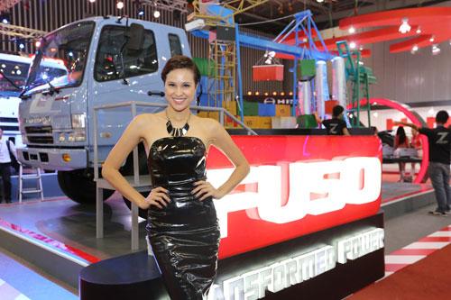 Việt Nam Motorshow 2014: Ấn tượng tân binh Fuso - 8