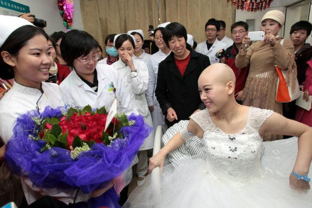Rơi nước mắt đám cưới của cô dâu mắc bạo bệnh - 5