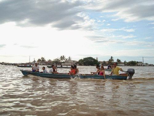 Ghé thăm ngôi làng trên hòn đảo nhân tạo ở Mexico - 5
