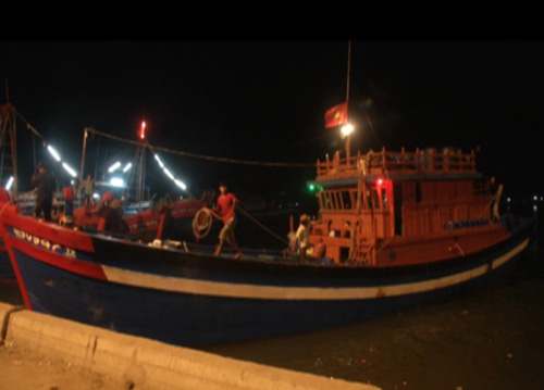 2 người tử vong khi lặn biển bắt hải sản - 1