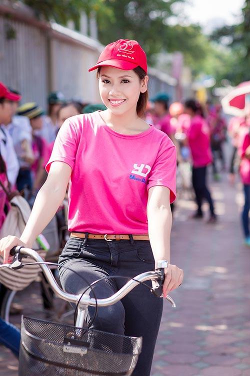 Nguyễn Thị Loan chữa nói ngọng, tự tin đến Miss World - 1