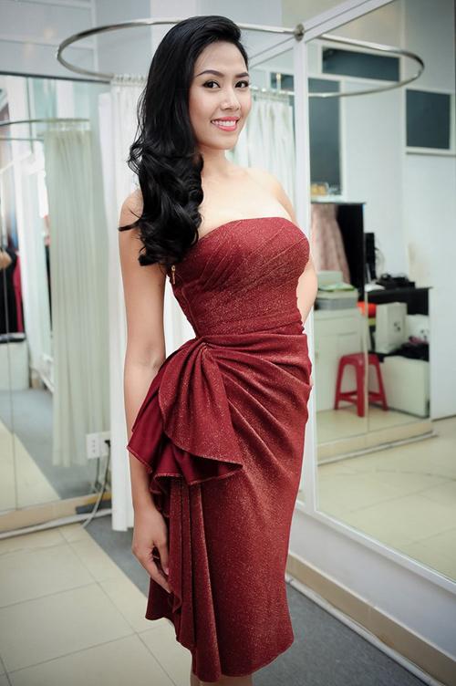 Nguyễn Thị Loan chữa nói ngọng, tự tin đến Miss World - 4