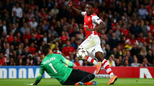 Arsenal-MU: Khoảnh khắc Welbeck và lựa chọn của Smalling - 1