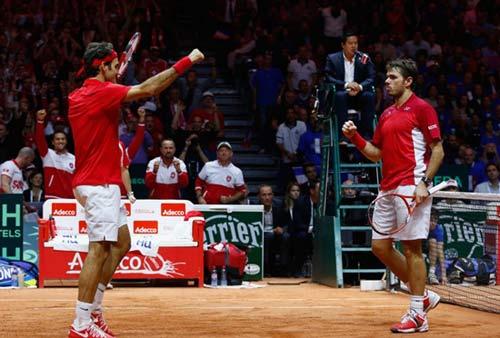 Tin HOT 23/11: Federer & Wawrinka thăng hoa - 1