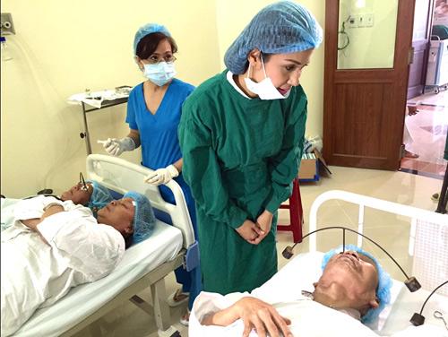 Việt Trinh hết lòng làm từ thiện nhân dịp sinh nhật - 4