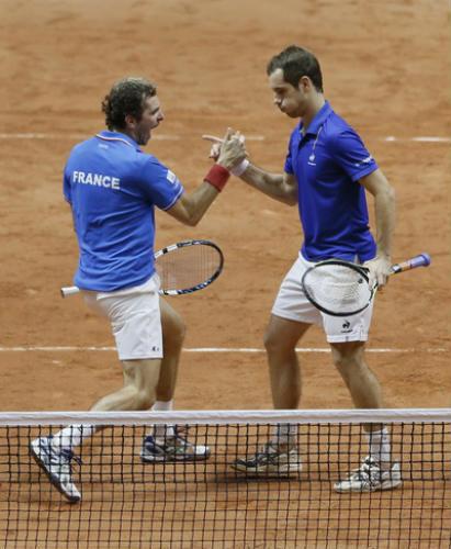 Federer tỏa sáng, Thụy Sĩ thắng trận đôi trước chủ nhà Pháp - 2