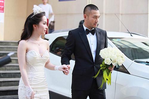 Quỳnh Nga, Doãn Tuấn rạng rỡ trong ngày cưới - 1