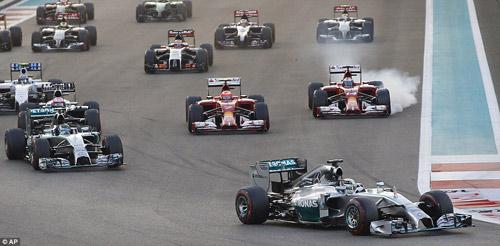 F1: Hamilton vỡ òa cảm xúc ngày vô địch thế giới - 2