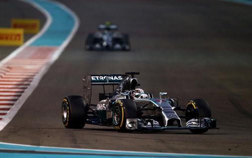 F1: Hamilton vỡ òa cảm xúc ngày vô địch thế giới - 3