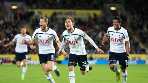 Hull City - Tottenham: Chiếc thẻ đỏ bước ngoặt - 1