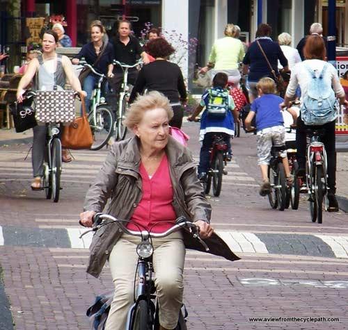 """Thú vị """"Vương quốc xe đạp"""" ở Hà Lan - 1"""