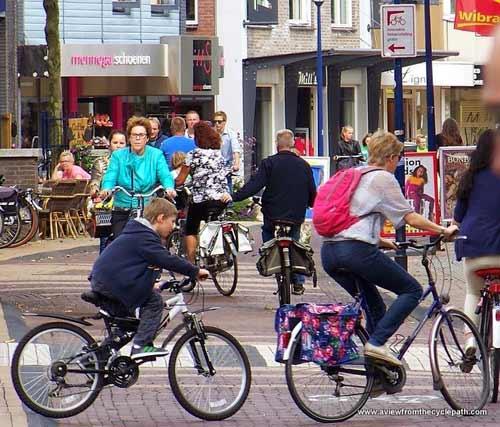 """Thú vị """"Vương quốc xe đạp"""" ở Hà Lan - 2"""