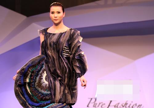 Hồng Quế gây tò mò với váy xuyên thấu - 9