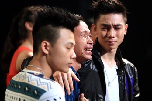 Hotboy mắt hí bị loại ở Thử thách cùng bước nhảy - 3