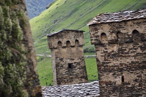 Thăm ngôi làng của những tháp đá nghìn năm tuổi - 6