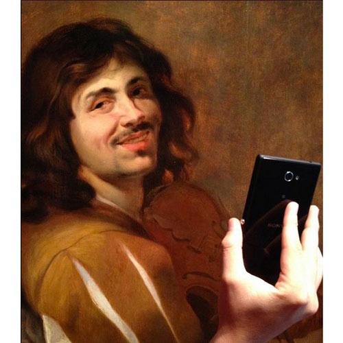 """Khi người xưa """"tự sướng"""" với điện thoại thời nay - 4"""