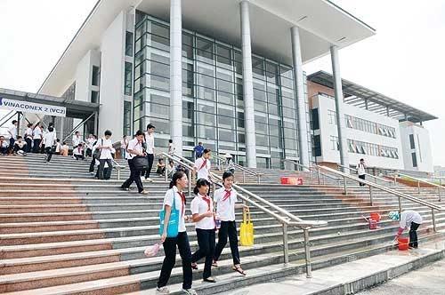 Cấm thi lớp 6: Trường Ams, Chu Văn An, Lương Thế Vinh tuyển sinh thế nào? - 1