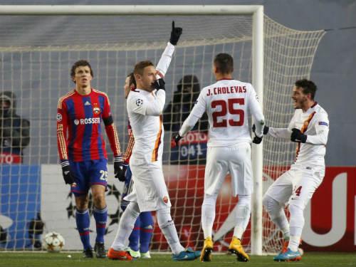 Totti lập 2 kỷ lục mới nhờ cú nã đại bác 103 km/h - 1