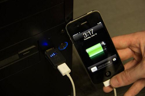 Mẹo: Để sạc điện thoại nhanh hơn - 1