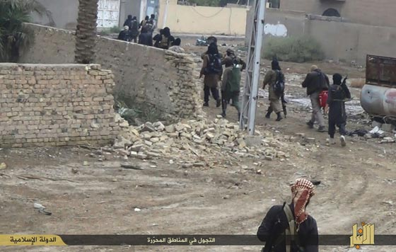 Thành phố trọng yếu của Iraq sắp rơi vào tay IS - 6