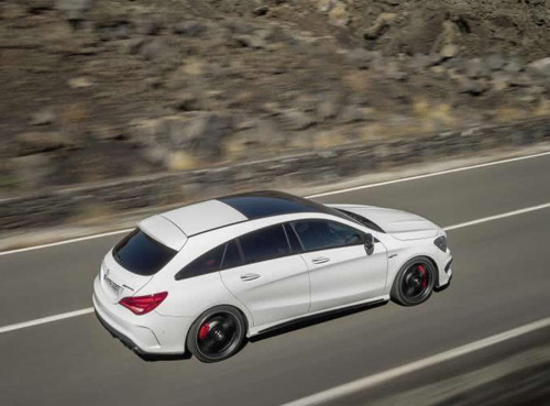 Mercedes-Benz CLA và CLA 45 AMG Shooting Brake lộ diện - 1