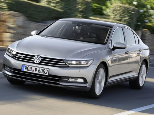 Volkswagen Passat 2015 đầu tiên đến tay khách hàng - 2