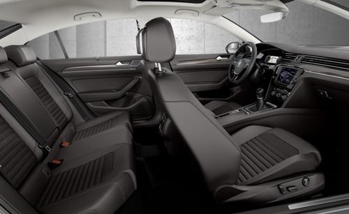 Volkswagen Passat 2015 đầu tiên đến tay khách hàng - 10