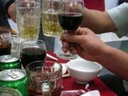 Lùi thời điểm tăng thuế rượu, bia