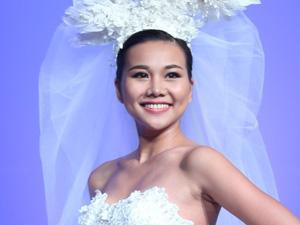 Thanh Hằng hóa cô dâu xinh đẹp tuổi 31