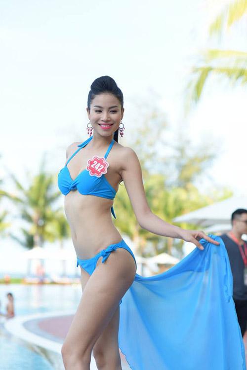 """Phú Quốc """"nóng rực"""" với dàn thí sinh HHVN mặc bikini - 1"""